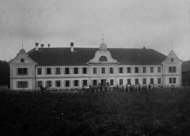 Ansitz Auhof in Kremsmünster (Guts- und Forstverwaltung DI Dr. Alfred Schreiberhuber)